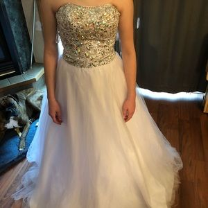 Prom pageant formal ball gown